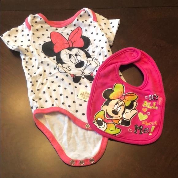 nobrand Other - 💗Minnie Mouse Polka Dot Onsie & Bib Disney world